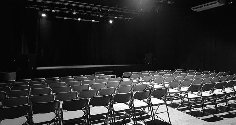 La Cochera Cabaret. Sala de conciertos, teatro...